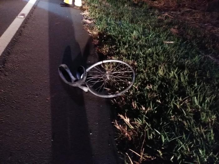 Ciclista de 61 anos é atropelado e morre na SP 294 em Oriente