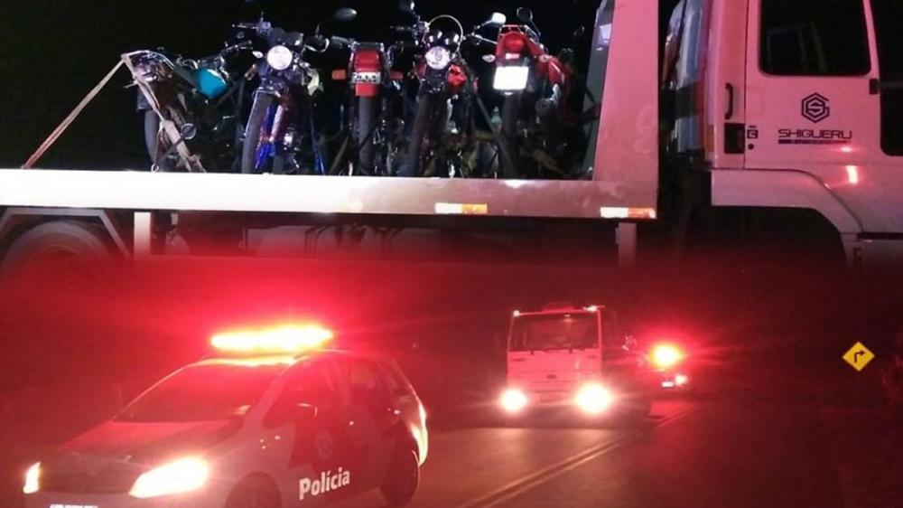 Cinco motocicletas foram apreendidas em ação da Polícia Militar em Bastos